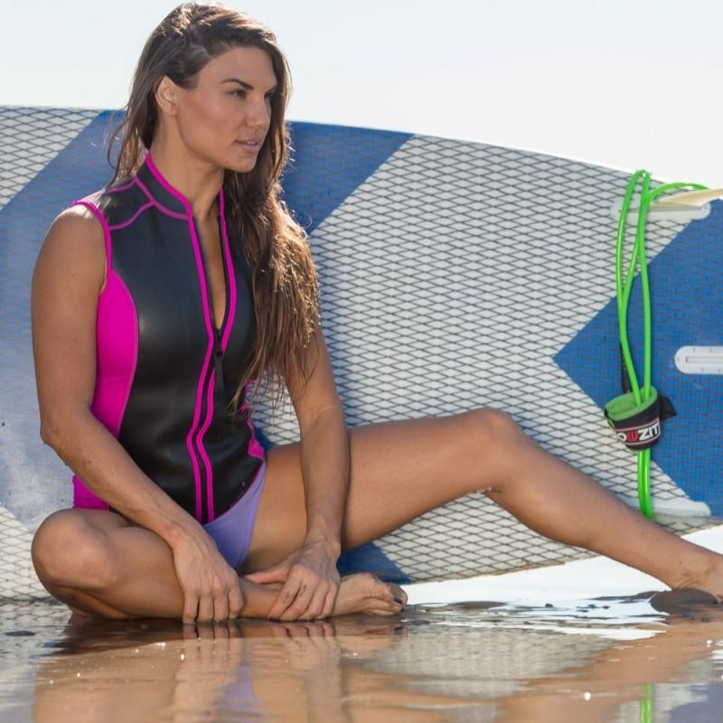 Gilet SKIN Néoprène 2 MM Femme rose et noire pour la pratique du paddle
